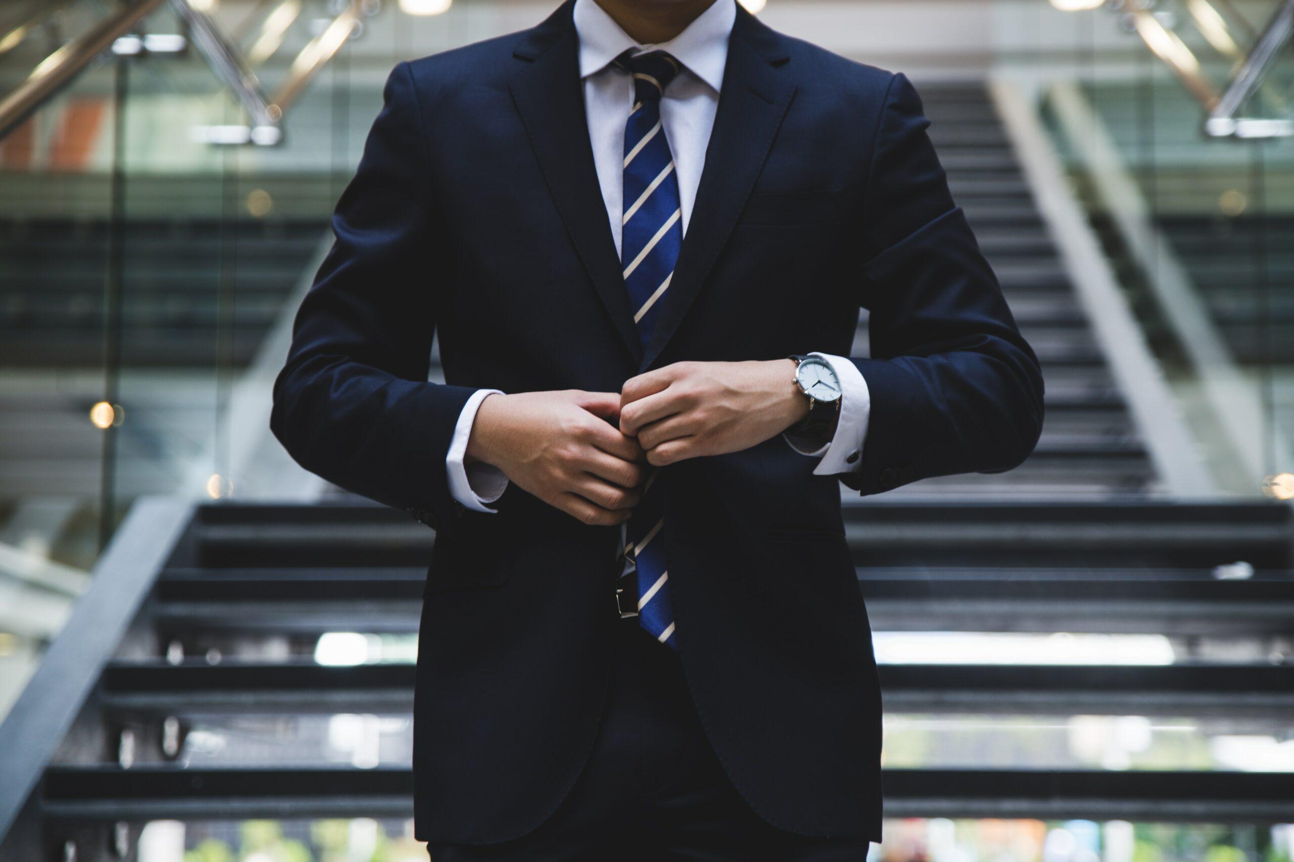 camino al éxito al hacer prácticas en empresas